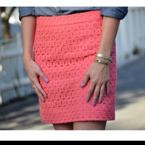 J. Crew Dresses & Skirts - J Crew Salmon Eyelet Mini Pencil Skirt Size 0
